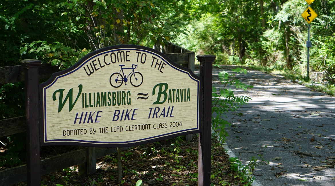 bike-trail-sign